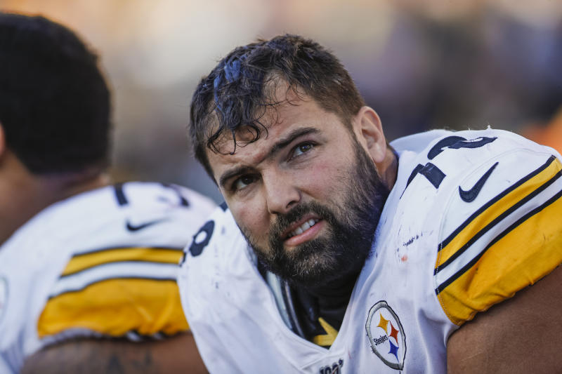 Alejandro Villanueva sits on the sideline.