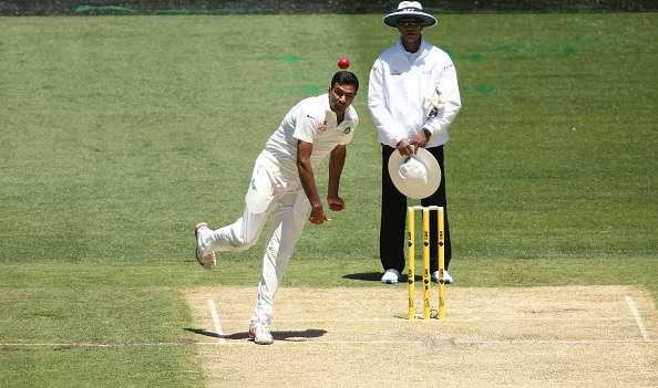 MELBOURNE, AUSTRALIA - DECEMBER 26: Ravi Ashwin bowling during day one of the Third Test match between Australia and India at Melbourne Cricket Ground on December 26, 2014 in Melbourne, Australia. (Photo by Patrick Scala/Getty Images)