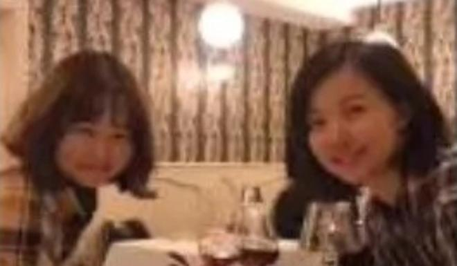 """A woman from Wuhan posted this photo on social media, saying she was dining in France and had """"a smooth journey through the border"""". Photo: Weibo"""