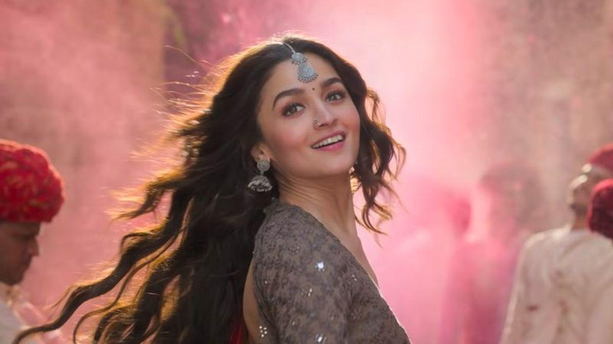 Though accused of benefitting from her filmy family, Alia, right from the beginning of her career, has proved herself worthy of the inherited stardom. She has a tremendous screen presence, and was out of the ordinary in <em>Highway, Udta Punjab, Raazi, Dear Zindagi </em>and a host of other commercially successful and critically acclaimed films. An actress of versatile talent, she could have made it to the top had she been a commoner too, but not without, after years of struggle.
