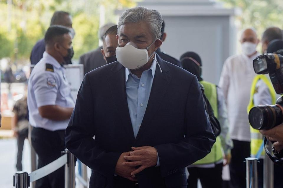 Datuk Seri Ahmad Zahid Hamidi is pictured at the Kuala Lumpur Court Complex October 6, 2021. ― Picture by Shafwan Zaidon