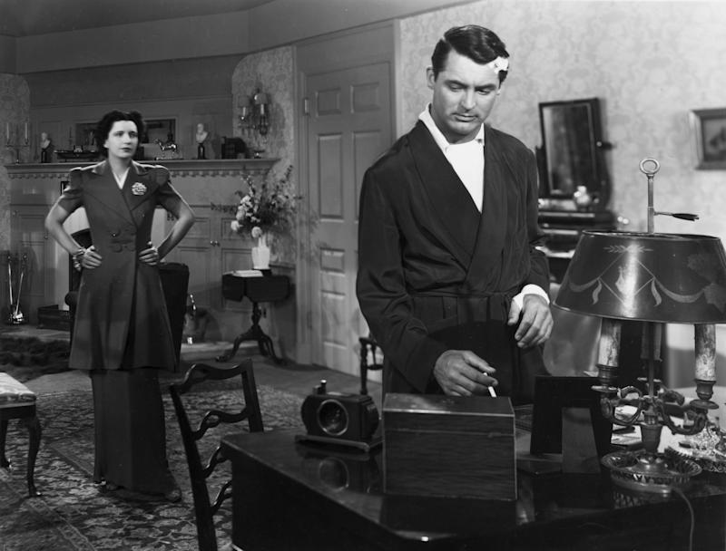 1939: Cary Grant (1904 - 1986) as Alec Walker and Kay Francis as his wife Maida Walker in a scene from the RKO film 'In Name Only'. (Photo by Hulton Archive/Getty Images)