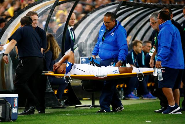 Soccer Football - 2018 World Cup Qualifications - Australia vs Honduras - ANZ Stadium, Sydney, Australia - November 15, 2017 Honduras' Emilio Izaguirre is stretchered off after sustaining an injury REUTERS/David Gray