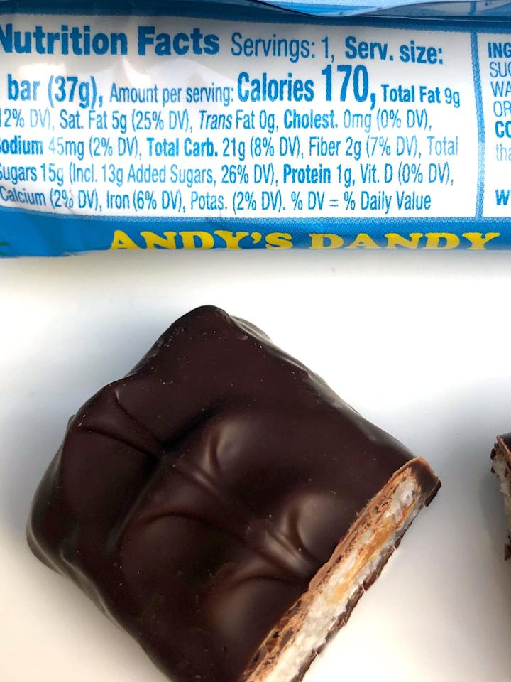 <p>One Amy's Sunny Candy Bar has 170 calories, nine grams of fat, five grams of saturated fat, no cholesterol, 45 milligrams of sodium, 21 grams of carbs, two grams of fiber, 15 grams of sugar, and one gram of protein.</p>