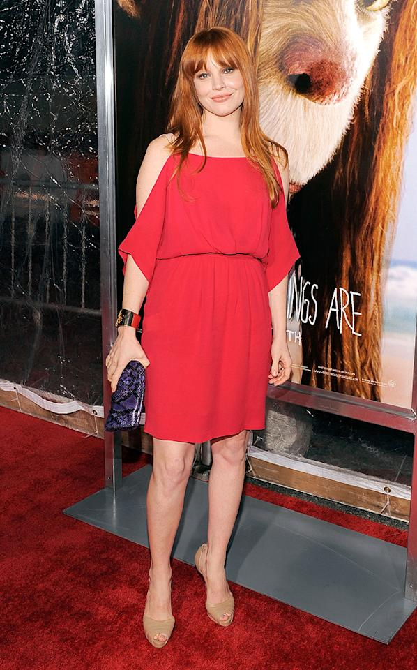 "<a href=""http://movies.yahoo.com/movie/contributor/1800018787"">Lauren Ambrose</a> at the New York City premiere of <a href=""http://movies.yahoo.com/movie/1808412037/info"">Where the Wild Things Are</a> - 10/13/2009"