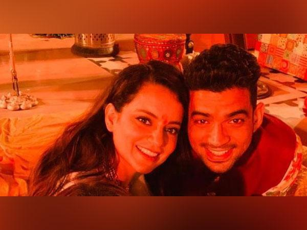 Kangana Ranaut with her brother Aksht (Image source: Instagram)