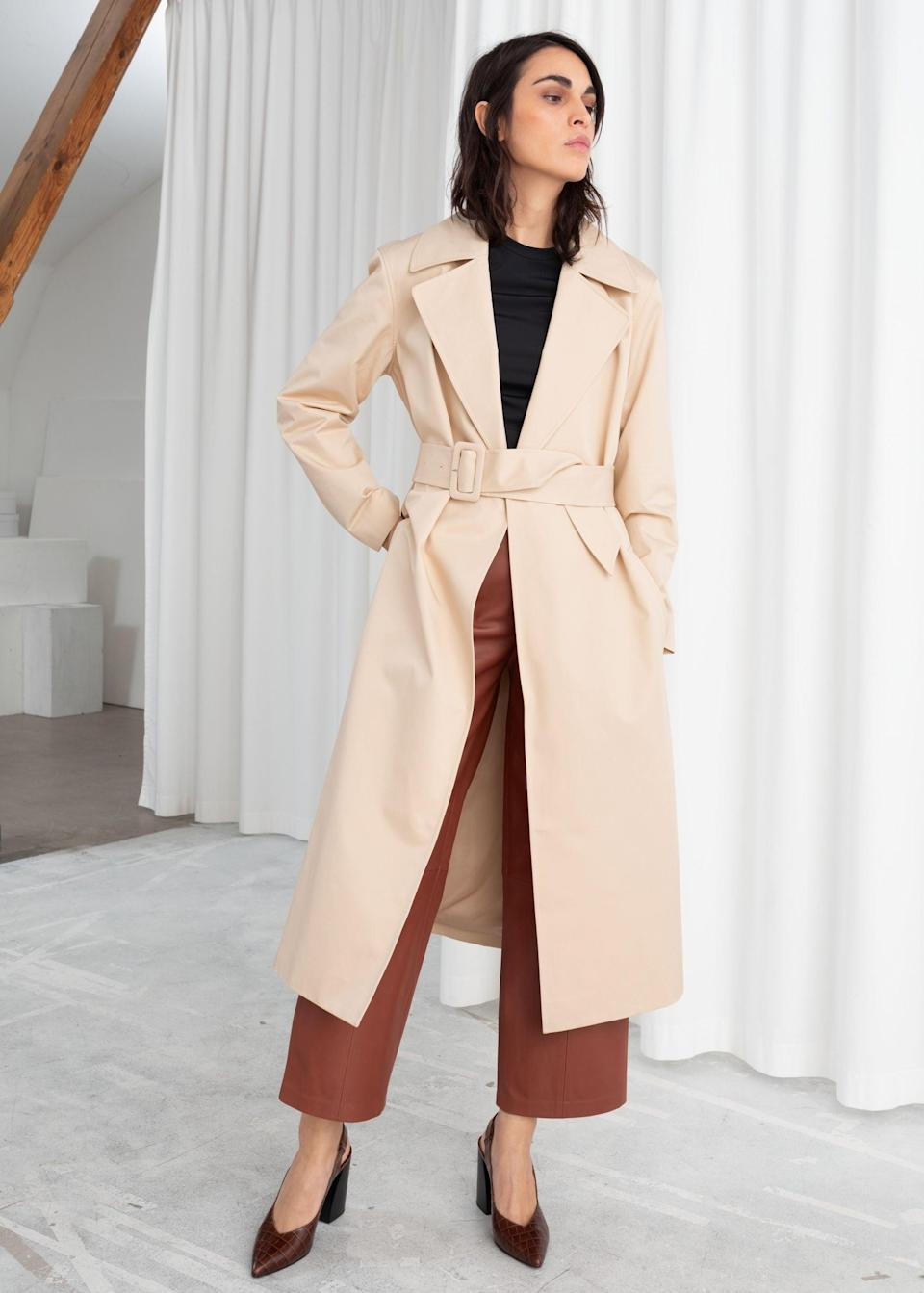 """<br><br><strong>& Other Stories</strong> Belted Cotton Twill Trenchcoat, $, available at <a href=""""https://www.stories.com/en_gbp/clothing/jackets-and-coats/trench-coats/product.belted-cotton-twill-trenchcoat-beige.0700480002.html"""" rel=""""nofollow noopener"""" target=""""_blank"""" data-ylk=""""slk:& Other Stories"""" class=""""link rapid-noclick-resp"""">& Other Stories</a>"""