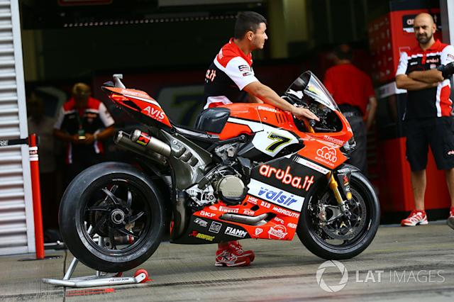 """Bike von Chaz Davies, Ducati Team <span class=""""copyright"""">Gold and Goose / LAT Images</span>"""