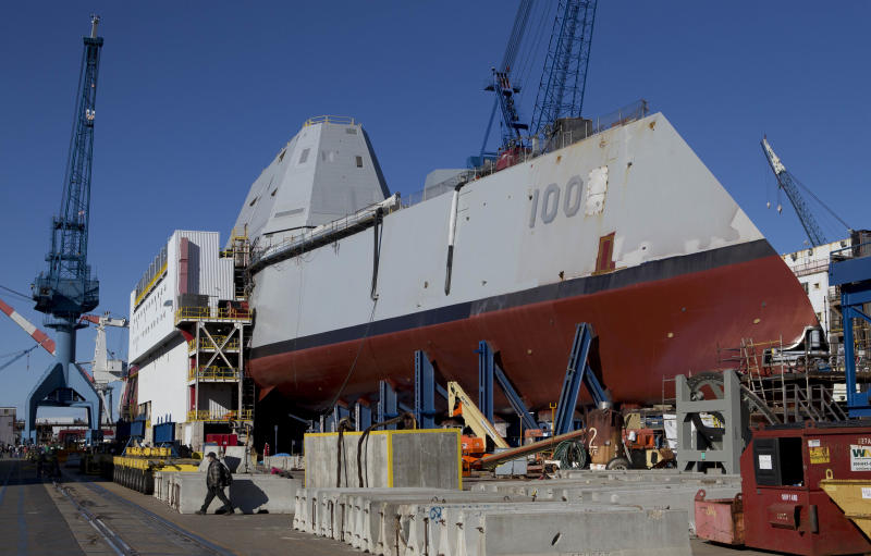 Navy's largest destroyer going into water in Maine