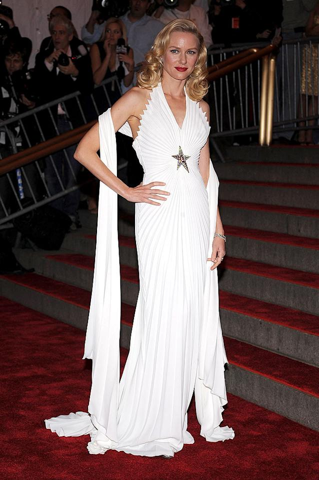 """Naomi Watts brought back classic Hollywood glamour with this white Thierry Mugler dress, soft blonde curls, and ruby red lips. Dmitrios Kambouris/<a href=""""http://www.wireimage.com"""" target=""""new"""">WireImage.com</a> - May 5, 2008"""