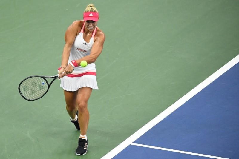 Tennis: Kerber through to last-16 with straight sets win over Li