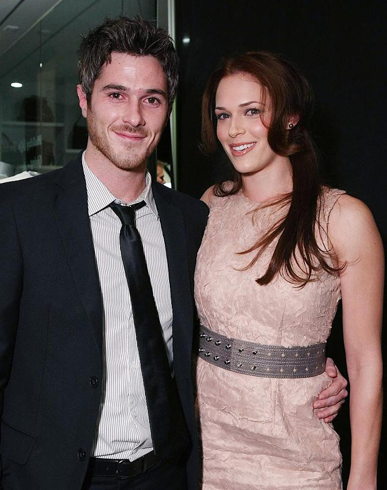 """""""Brothers & Sisters"""" hottie Dave Annable and his former """"Reunion"""" costar Amanda Righetti were all smiles. Annable cohosted the event with Mandy Moore. Alexandra Wyman/<a href=""""http://www.wireimage.com"""" target=""""new"""">WireImage.com</a> - December 10, 2008"""