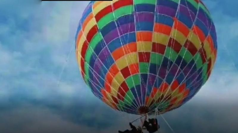 Mother and toddler killed in balloon crash at scenic spot in China