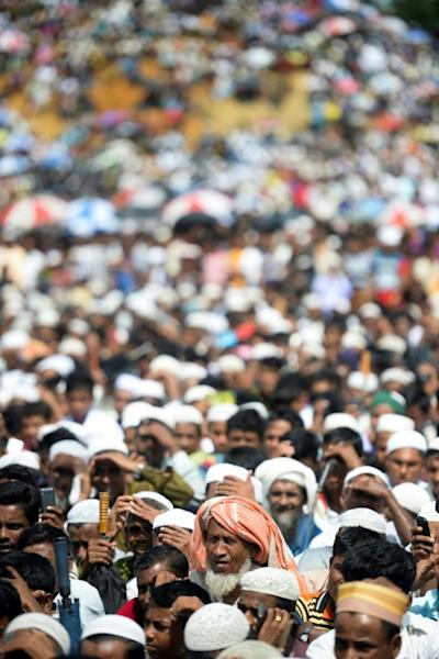The crowd joined in a popular song with the lyrics 'the world does not listen to the woes of Rohingya' (AFP Photo/MUNIR UZ ZAMAN)
