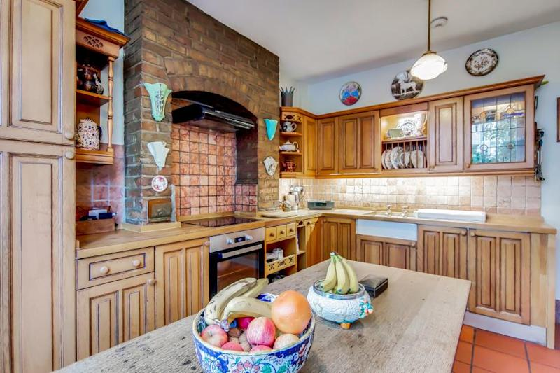 The property comes with a separate kitchen and breakfast area. Source: Fine & Country