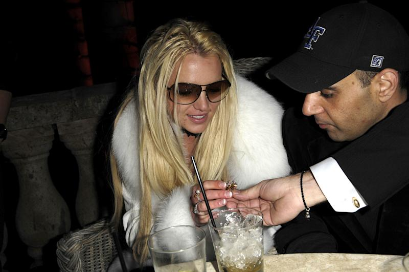 Britney Spears celebrates her birthday early on Dec. 1, 2007, in Los Angeles. (Photo: Toby Canham/Getty Images)