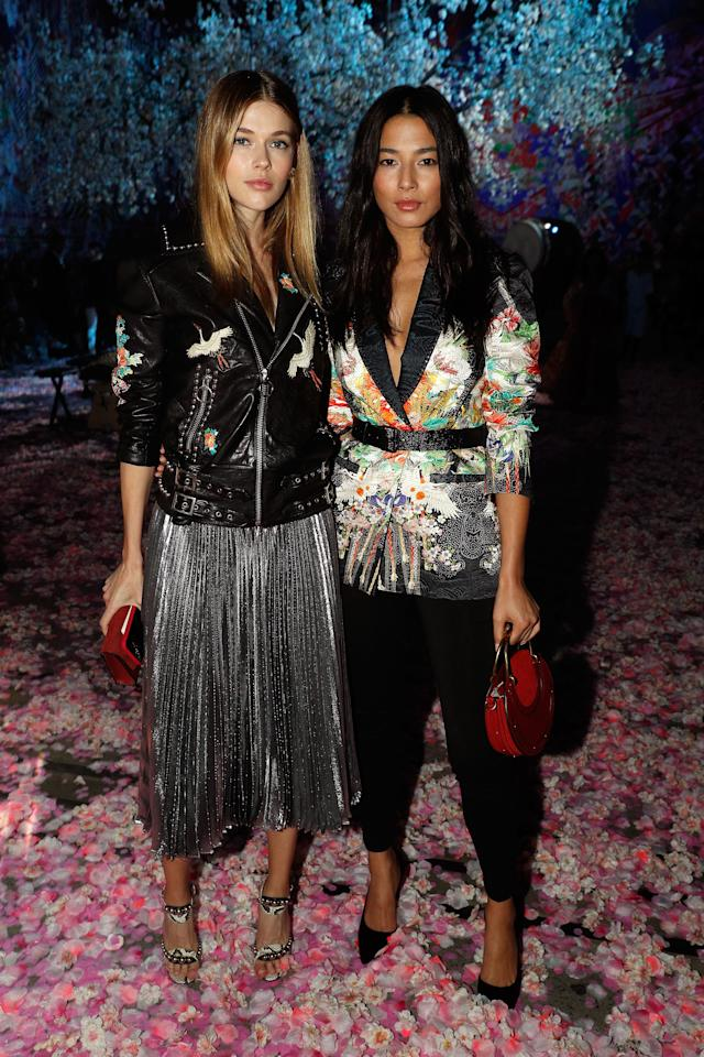 <p>Australian models Victoria Lee and Jessica Gomes attended the closing Camilla show in Sydney on Thursday.<br /> Source: Getty </p>