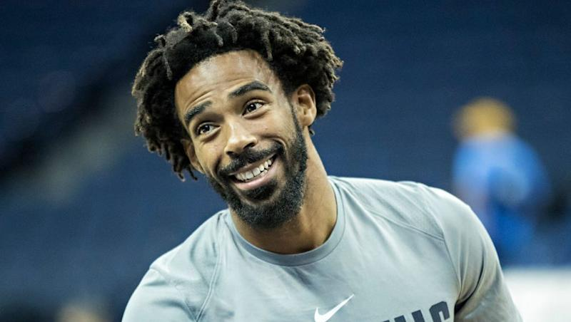 Grizzlies, Jazz discussing deal involving guards Mike Conley and Ricky Rubio