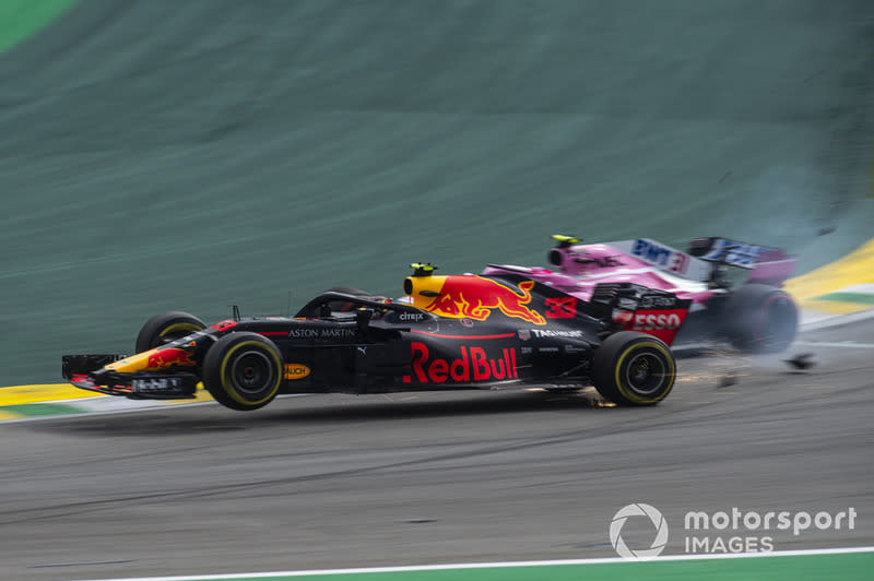 "Max Verstappen, Red Bull Racing RB14 y Esteban Ocon, Force India VJM11<span class=""copyright"">Manuel Goria / Motorsport Images</span>"