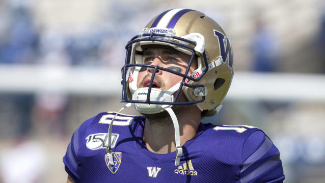Washington QB Jacob Eason is starting to play his way into the first-round discussion. (Getty Images)