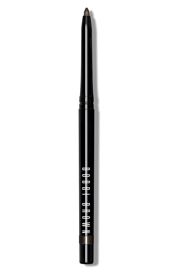 """<p>""""Let me tell you, I have used the <a href=""""https://www.popsugar.com/buy/Bobbi-Brown-Perfectly-Defined-Gel-Eyeliner-518637?p_name=Bobbi%20Brown%20Perfectly%20Defined%20Gel%20Eyeliner&retailer=shop.nordstrom.com&pid=518637&price=27&evar1=bella%3Aus&evar9=46875909&evar98=https%3A%2F%2Fwww.popsugar.com%2Fphoto-gallery%2F46875909%2Fimage%2F46883237%2FOne-Makeup-Product-Glam-Squad-Went-Through-Fastest&list1=charlies%20angels%2Cbeauty%20interview&prop13=api&pdata=1"""" rel=""""nofollow"""" data-shoppable-link=""""1"""" target=""""_blank"""" class=""""ga-track"""" data-ga-category=""""Related"""" data-ga-label=""""https://shop.nordstrom.com/s/bobbi-brown-perfectly-defined-gel-eyeliner/3700016/lite?country=US&amp;currency=USD&amp;mrkgcl=760&amp;mrkgadid=3313923096&amp;utm_content=33067504549&amp;utm_term=aud-464350818215:pla-260470135668&amp;utm_channel=shopping_ret_p&amp;sp_source=google&amp;sp_campaign=662927185&amp;rkg_id=0&amp;adpos=1o2&amp;creative=145518892279&amp;device=c&amp;matchtype=&amp;network=g&amp;gclid=CjwKCAiAqqTuBRBAEiwA7B66hWibI-dmFs1f0myAcmj6veyPeJlYa8hS_8zBX-urlRXvySL5x1fjYRoCim8QAvD_BwE"""" data-ga-action=""""In-Line Links"""">Bobbi Brown Perfectly Defined Gel Eyeliner</a> ($27) in so many films,"""" Weaver said. """"It really is tried and true, and you can blend it out and get a shape that you want. Whether you want it smudgy and smoky, or you can really manipulate it and it has enough time to be bendable before it sets. It's the one product that's stayed on well in all kinds of conditions. It's my go-to.""""</p>"""