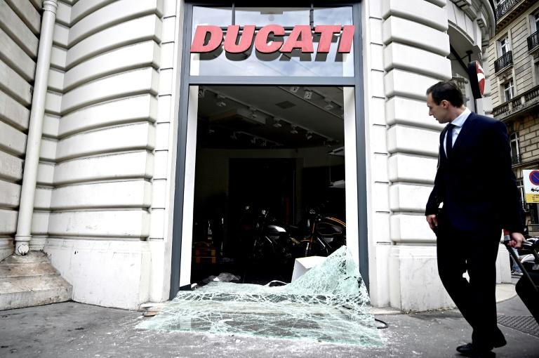 Violence has flared in France in the past after major football games involving Algeria (AFP Photo/Philippe LOPEZ)