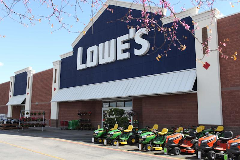 The front view of a Lowe's store location.