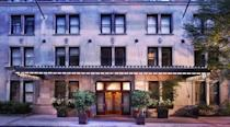"""<p>The city is home to <a href=""""https://ny.eater.com/maps/michelin-starred-restaurants-nyc"""" rel=""""nofollow noopener"""" target=""""_blank"""" data-ylk=""""slk:72 Michelin-starred restaurants"""" class=""""link rapid-noclick-resp"""">72 Michelin-starred restaurants</a>, but eating at them doesn't require spending your entire paycheck in one fell swoop. Here's a handy guide with a few tips for <a href=""""https://www.townandcountrymag.com/leisure/dining/news/a3963/how-to-eat-at-americas-fanciest-restaurants-for-less-than-50-dollars/"""" rel=""""nofollow noopener"""" target=""""_blank"""" data-ylk=""""slk:making the most the culinary scene on a tight budget"""" class=""""link rapid-noclick-resp"""">making the most the culinary scene on a tight budget</a>.</p>"""