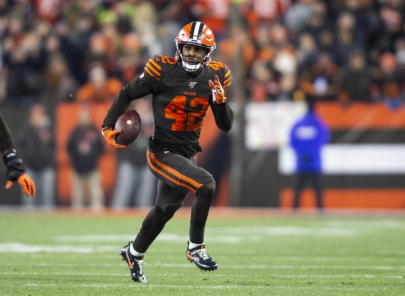 Browns place S Burnett on IR, ending his season