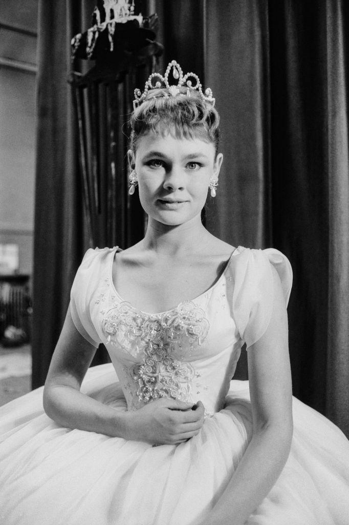 <p>In the same year, Dench made her professional stage debut as Ophelia in <em>Hamlet</em> at the Old Vic theatre in London. </p>