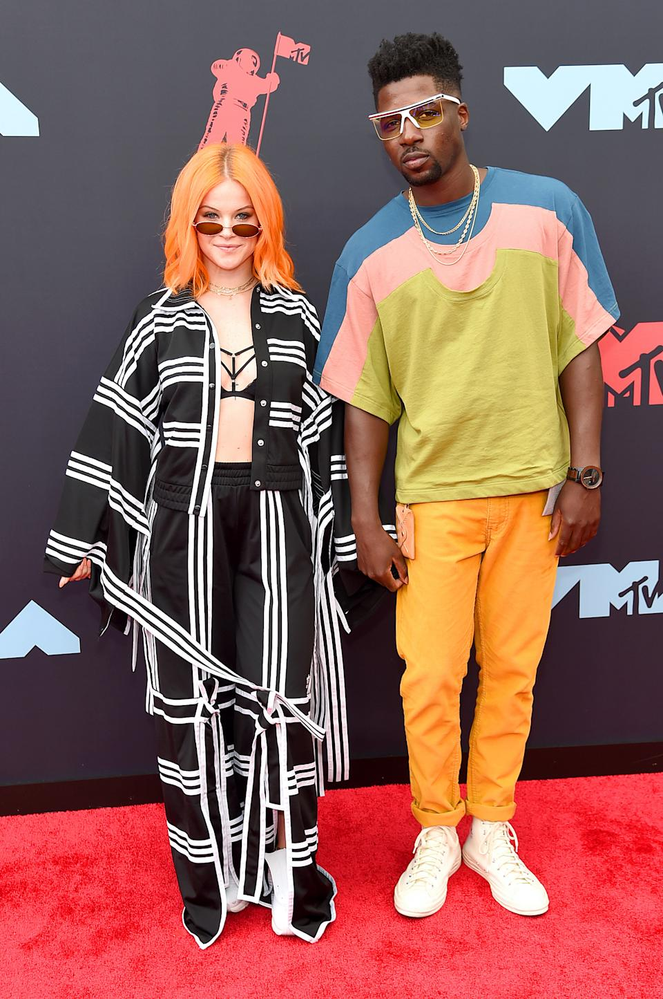 """<h1 class=""""title"""">Sara Bivens and Calvit Hodge</h1><cite class=""""credit"""">Photo: Getty Images</cite>"""