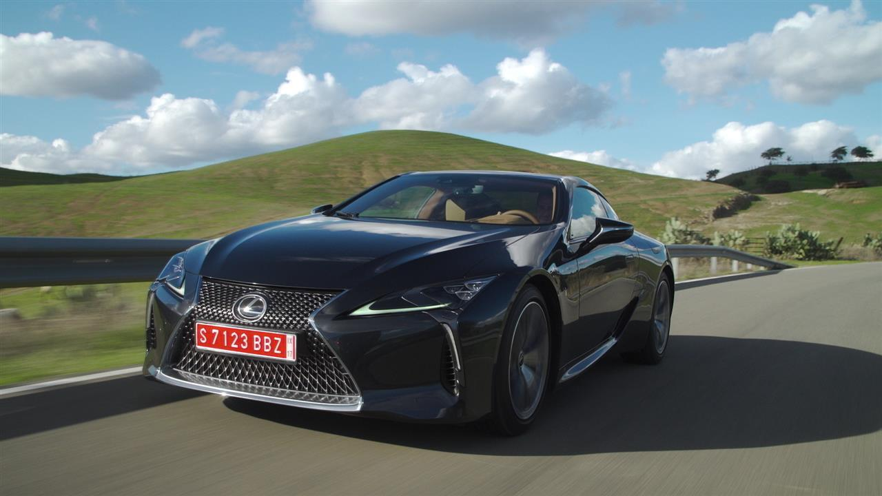 The Lexus LC500 represents a major shift in the brand's sensibility, says WSJ's Dan Neil. Here, he gives the walkaround for Toyota luxury division's new flagship coupe and style icon. Image: Lexus