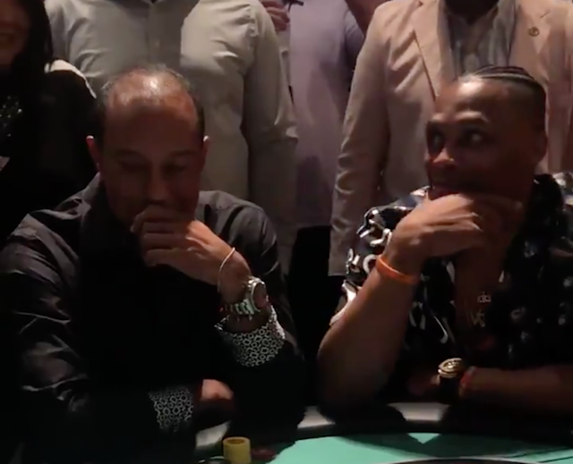 Tiger Woods suffers brutal bad beat to Russell Westbrook in poker, can't even catch a break at his own event