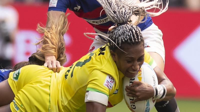 Ellia Green scored one of three tries as Australia beat France in their Sydney Sevens quarter-final
