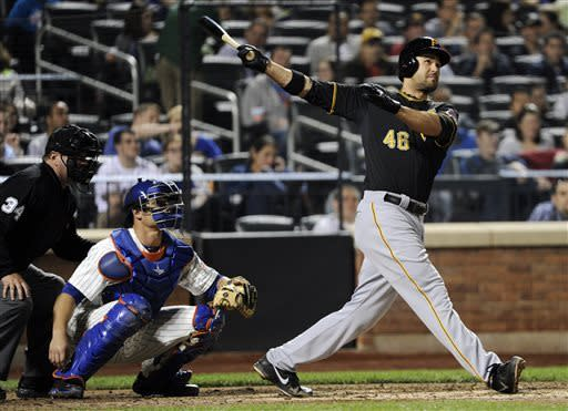 Umps get it right on Jones' HR, Pirates beat Mets