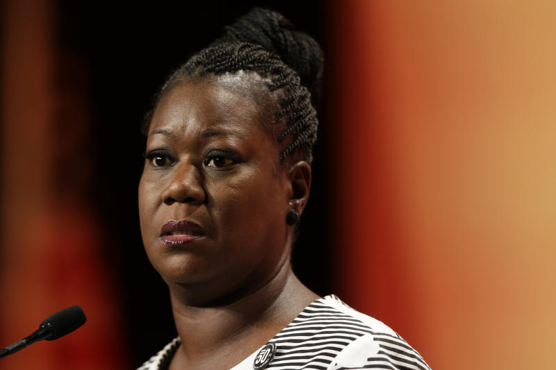 "FILE - In this July 26, 2003 file photo, Sybrina Fulton, mother of Trayvon Martin, speaks during the National Urban League's annual conference in Philadelphia. Fulton is expected to tell a Senate panel Tuesday that states must clarify their ""stand your ground"" self-defense laws. (AP Photo/Matt Rourke)"