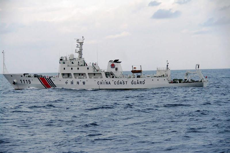 Photo taken by the Japan Coast Guard on September 5, 2013 shows a Chinese Coast Guard ship cruising near the disputed islets in the East China Sea (AFP Photo/Japan Coast Guard)