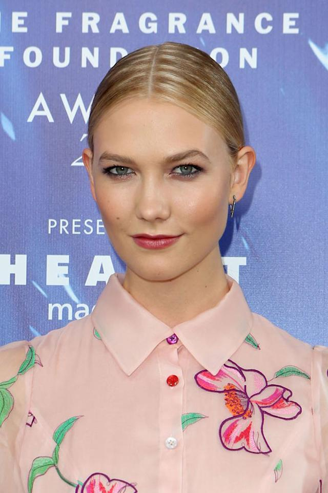 <p>Simple yet slick updos are trending on our Perfect 10 list. (Photo: Getty Images) </p>