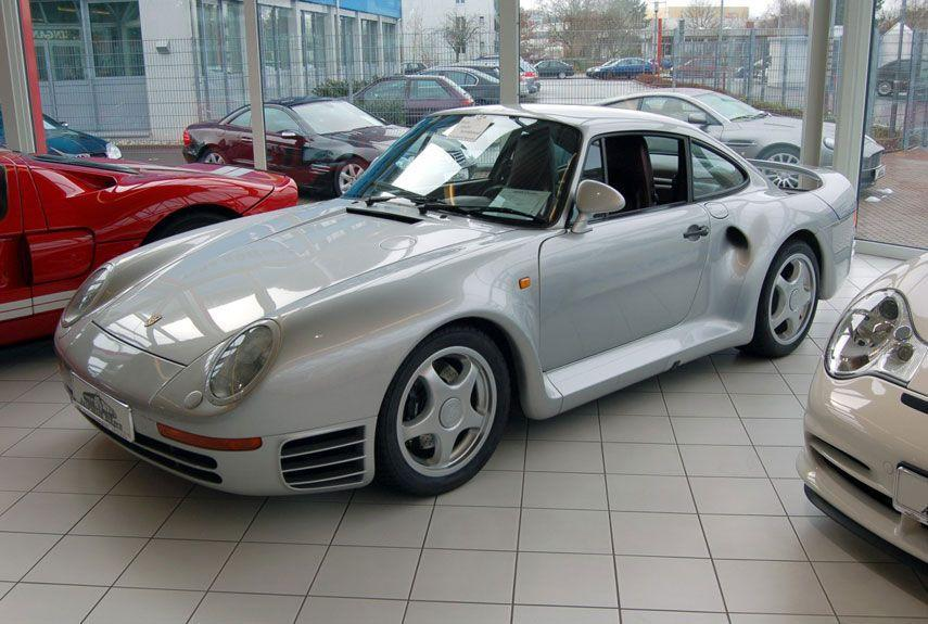 <p>An automotive icon of the'80s, the 959 featured ground-breaking technology from bumper to bumper, including a revolutionary all-wheel-drive system.</p>