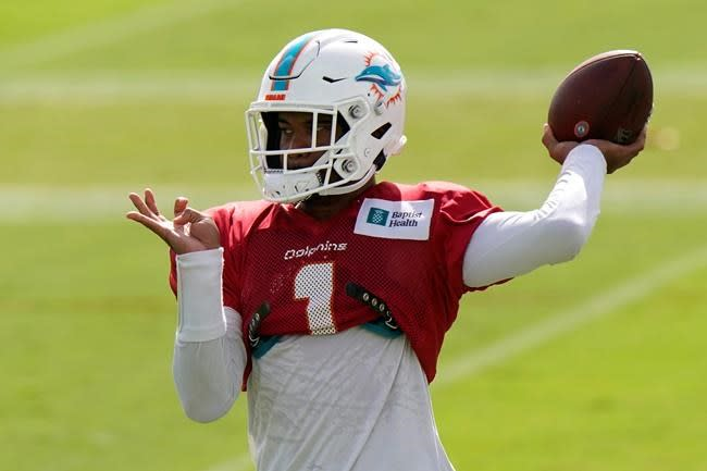 Tua time? Even at 1-3, Dolphins' Flores says not so fast