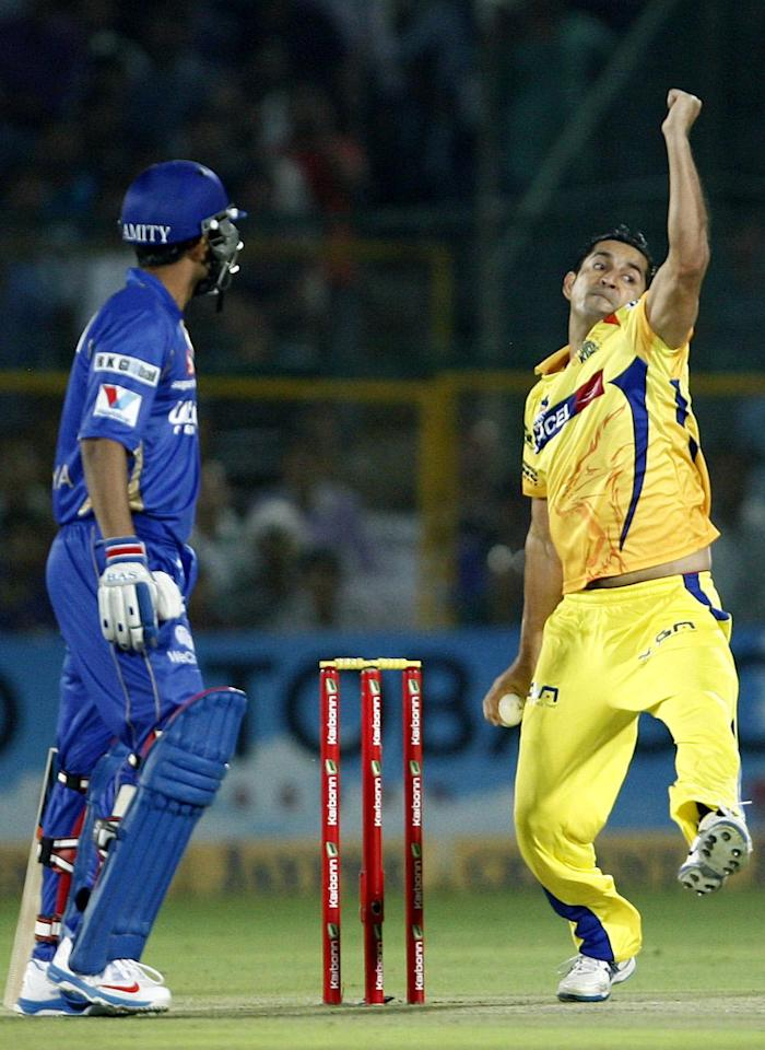 Mohit Sharma in action during the CLT20 1st Semi-Final between Rajasthan Royals and Chennai Super Kings at Sawai Mansingh Stadium in Jaipur on Oct. 4, 2013.