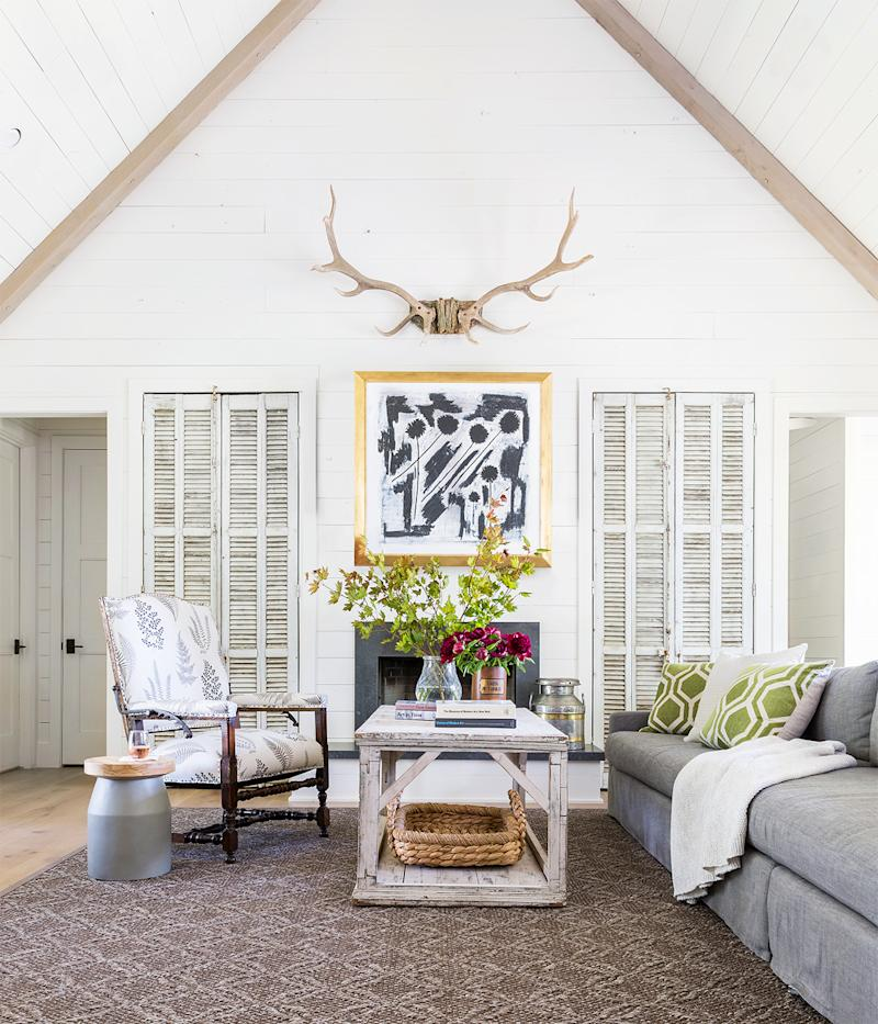 15 Farmhouse Living Room Ideas That Will Transform Your