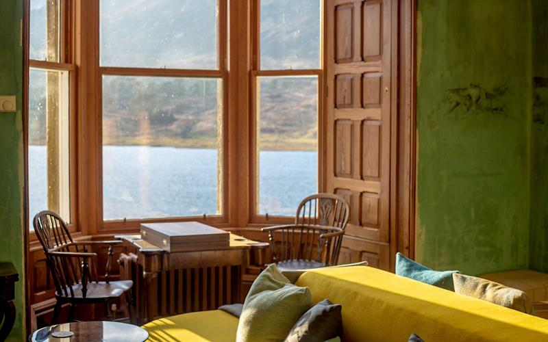 The reading room provides a relaxing setting. | Talia Avakian