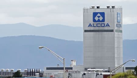 File photo shows an Alcoa aluminum plant in Alcoa, Tennessee