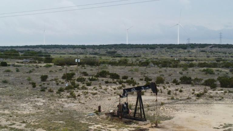 Fossil fuels and renewable energy have coexisted in the US state of Texas for years
