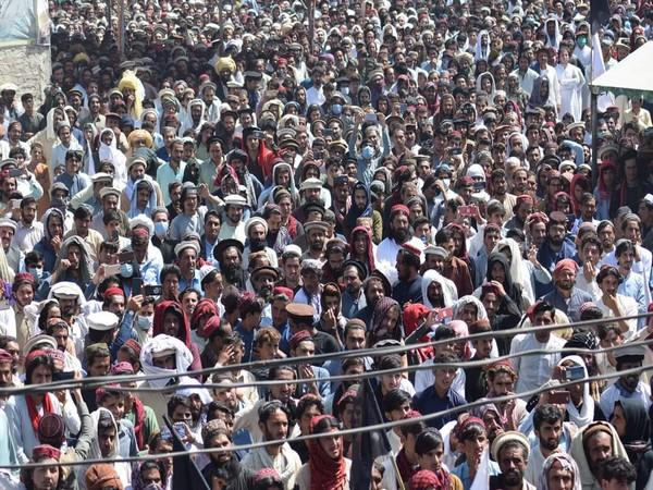 Pashtuns in Wana protest against sponsored