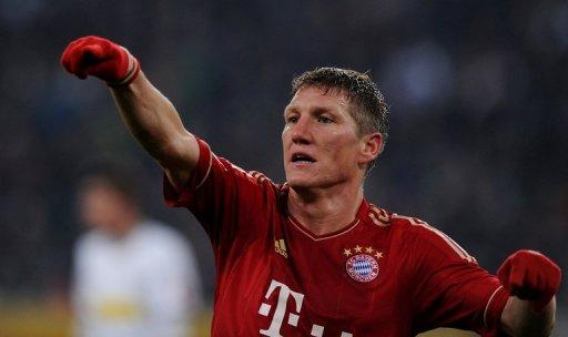 Bayern's goalless draw at home to Mainz has left them eight points behind defending champions Dortmund in the league