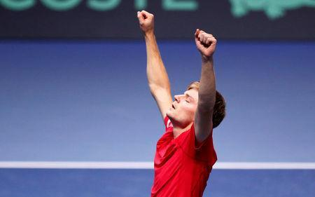 Tennis - Davis Cup Final - France vs Belgium - Stade Pierre Mauroy, Lille, France - November 26, 2017 Belgium's David Goffin celebrates winning his match against France's Jo-Wilfried Tsonga REUTERS/Pascal Rossignol