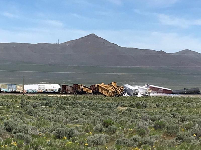 A cargo train containing explosives and military weapons derailed in northeast Nevada on Wednesday morning. (Photo: Elko County Sheriff's Office)