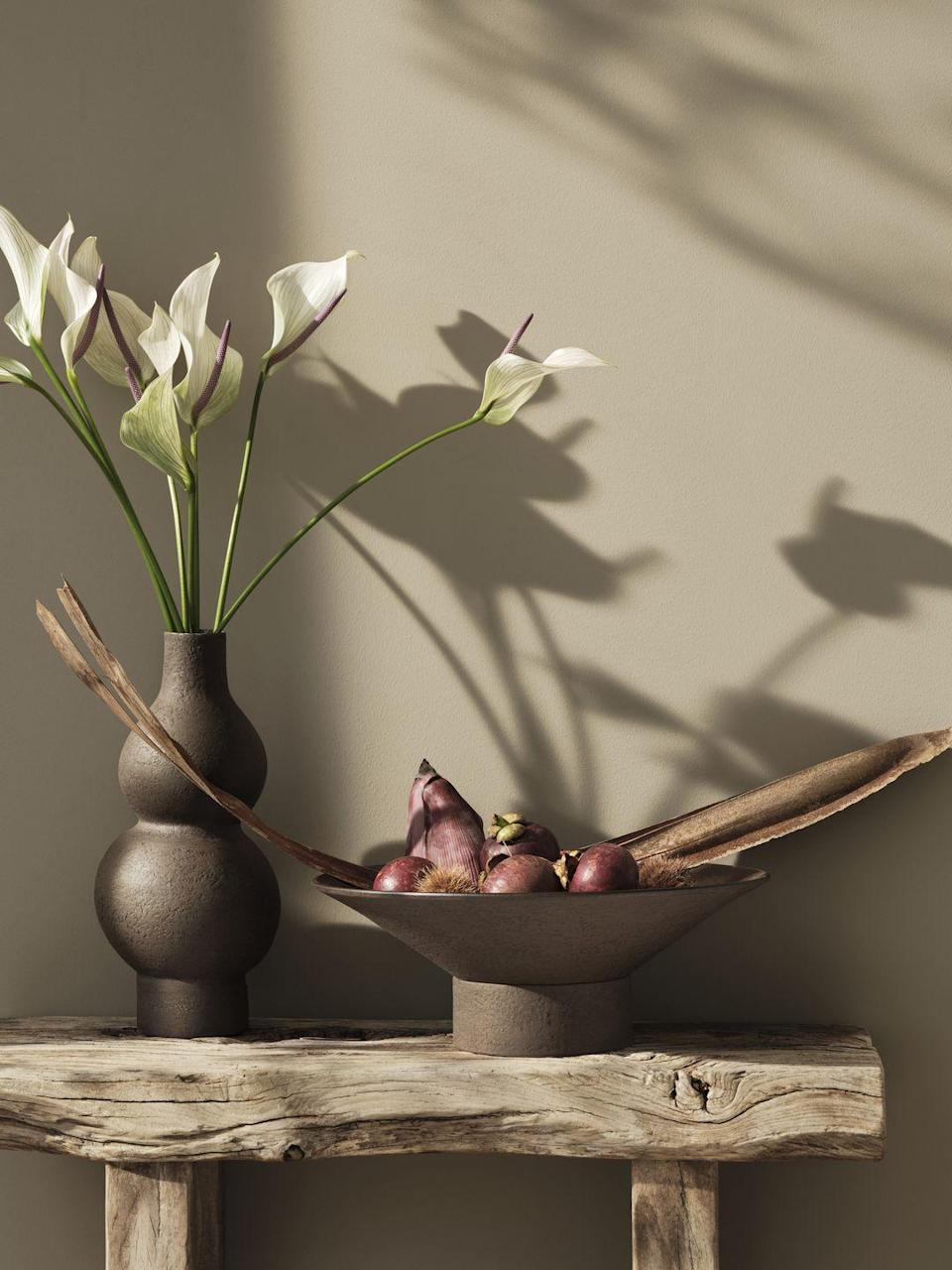 """<p>Whether you're on the hunt for a new fruit bowl or a standout vase, the artisan collection has something stylish for all. Make sure not to miss out. </p><p><a class=""""link rapid-noclick-resp"""" href=""""https://go.redirectingat.com?id=127X1599956&url=https%3A%2F%2Fwww2.hm.com%2Fen_gb%2Fhome.html&sref=https%3A%2F%2Fwww.housebeautiful.com%2Fuk%2Flifestyle%2Fshopping%2Fg36671419%2Fhandm-home-love-of-craft-collection-artisans%2F"""" rel=""""nofollow noopener"""" target=""""_blank"""" data-ylk=""""slk:COMING SOON"""">COMING SOON</a></p>"""